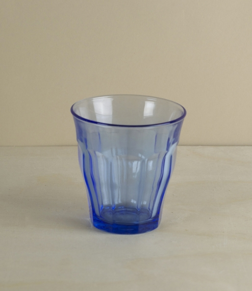 Boxes of 6 of these classic tumblers with a blue twist. First designed in 1927 and produced since 1945 using Saint-Gobain's patented glass tempering m..