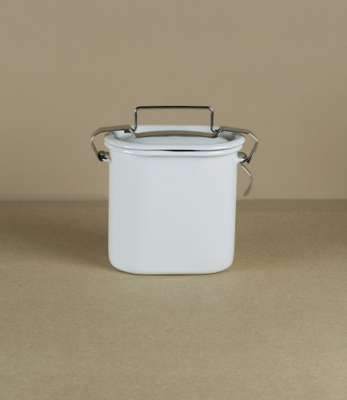 Enamel lunch pails