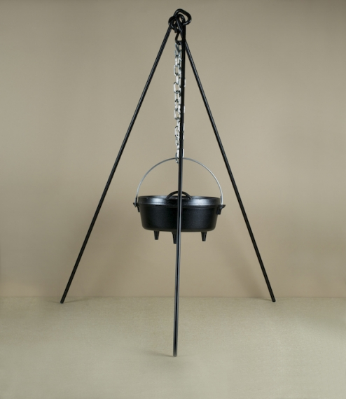 A 110cm tripod of blackened half inch hot rolled steel bar with 60cm of heavyweight galvanised chain which allows the height of any suspended pots or ..
