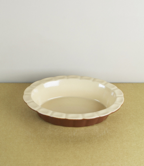 Oval fluted pie dishes