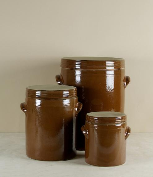 Stoneware storage vessels