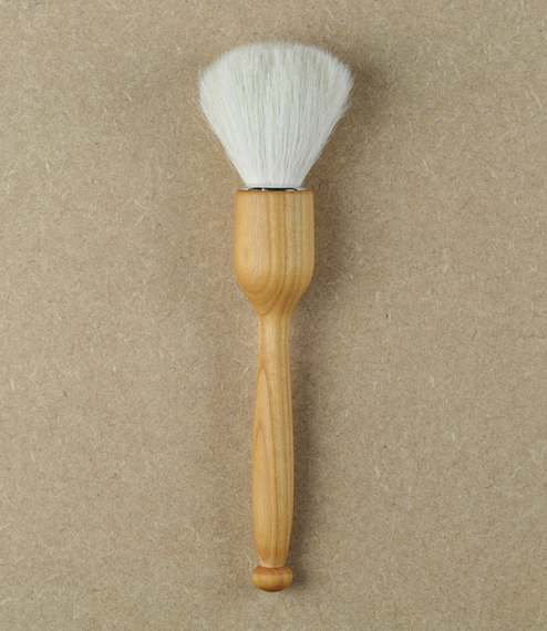 A small brush for sensitive surfaces, niches, fine delicate items, and the careful focussed cleaning of more valuable artifacts. Very fine soft goat h..