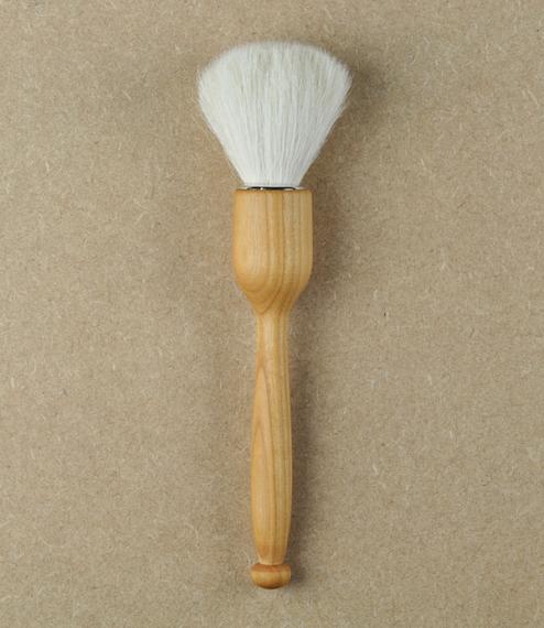 Dust-brush no.3