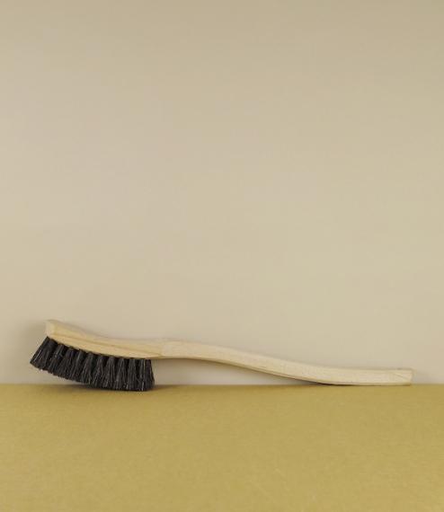 Scrubbing brush no.3