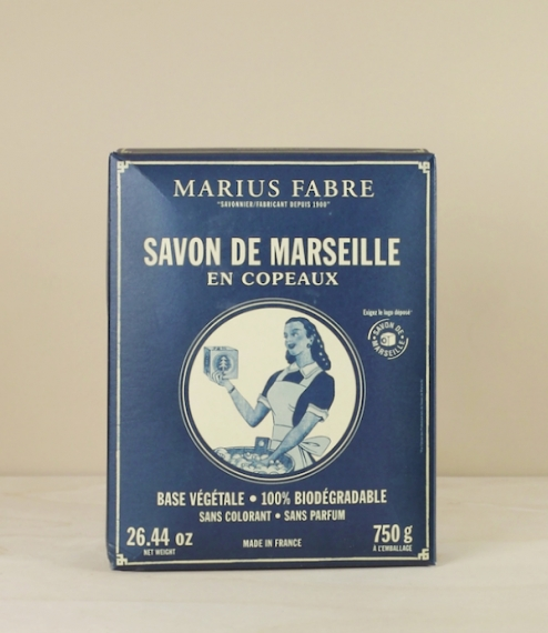 750 grams of flaked pure vegetable oil soap from Salon-de-Provence where they have been made using the Marseille method since 1900. Batch processed in..