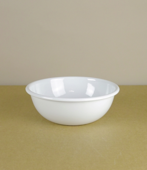 White vitreous enamel 21cm plates or 14cm and 18cm bowls, suitable for eating, serving, use over direct heat, or in the oven, and brilliant for campin..