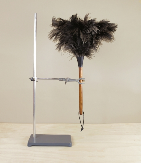 A choice of four natural ostrich feather dusters from a small and long established family owned and run brushworks in North Rhein-Westfalia. Genuine o..