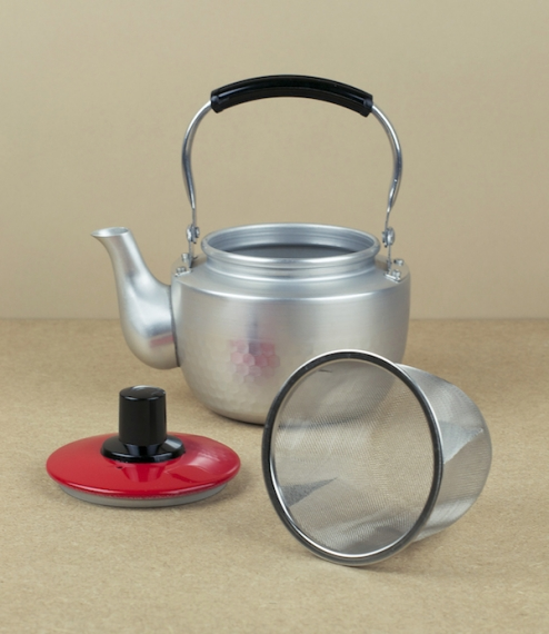 Small Korean teapot (red lid)