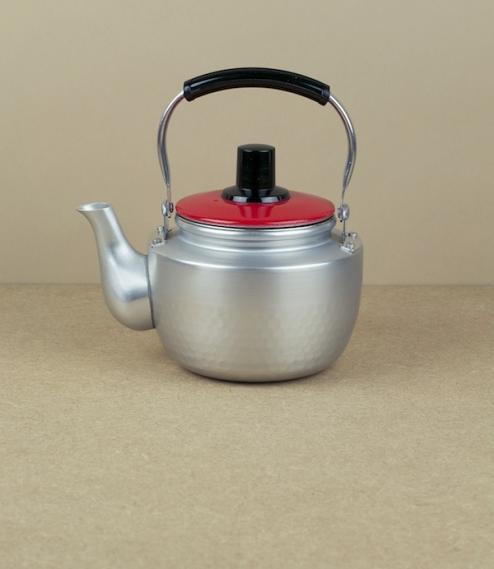 Small Korean teapot (red lid)