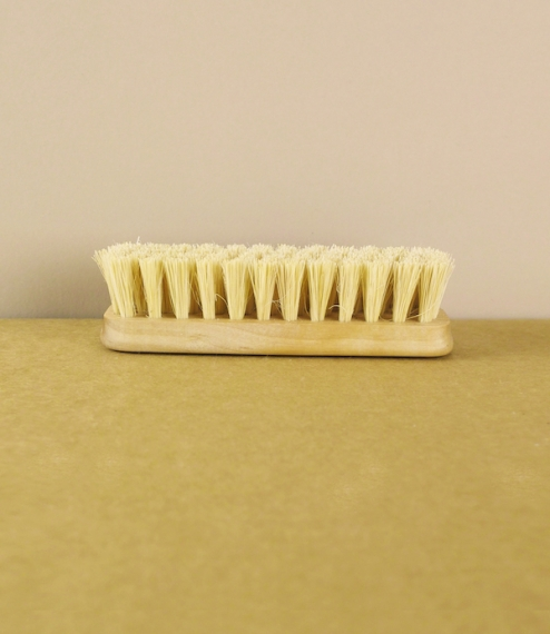 Nail brush No.2, simple