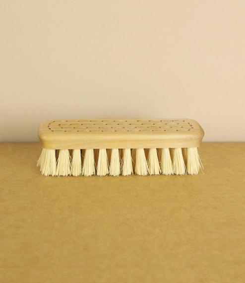 Nail brush No.2, simple