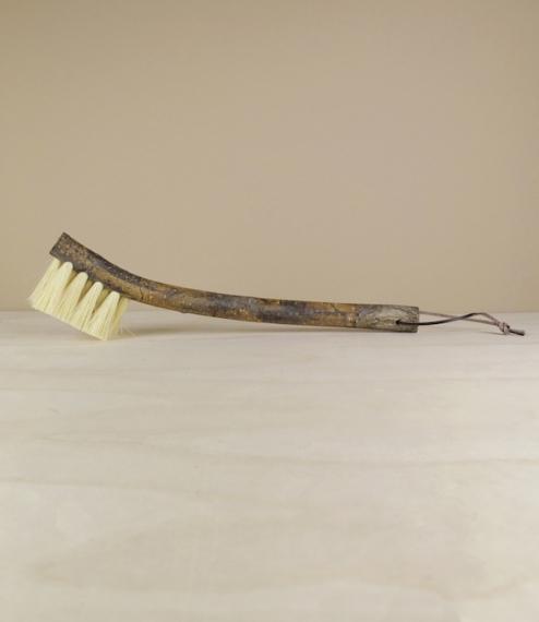 Raw willow dishbrush