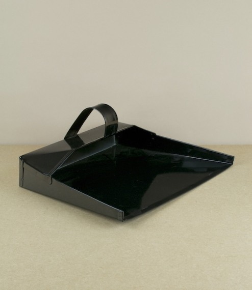 A strong black painted steel dustpan with a loop handle designed for single handed use. Handle aside these are cut and pressed from a single sheet and..