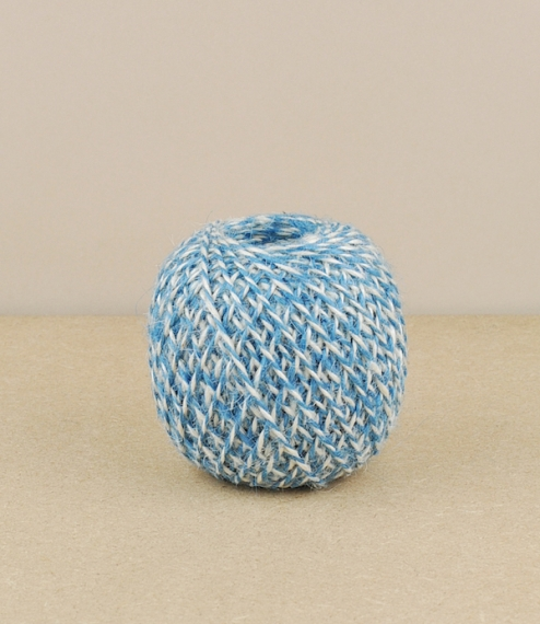 Bi-coloured jute twine