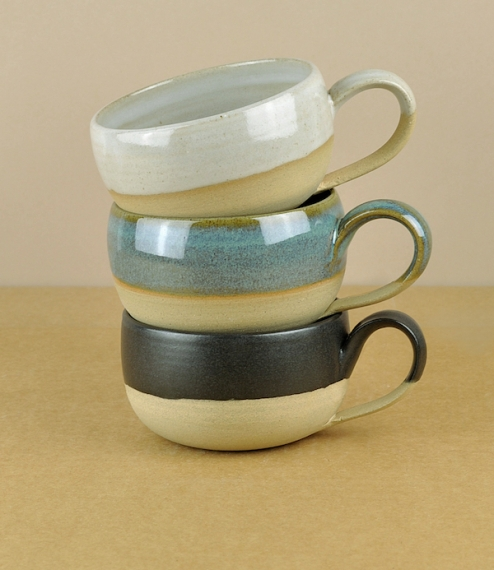 Hand-thrown in Yarnton, Oxfordshire, in a buff stoneware clay mined in South Staffordshire, this small range of tableware is the result of a collabora..