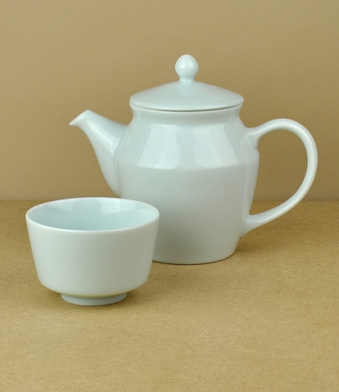Mizu-mizu tea-ware