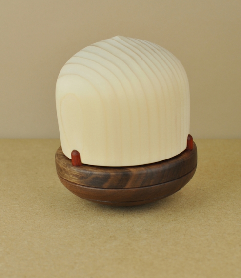 Roly-poly lamp