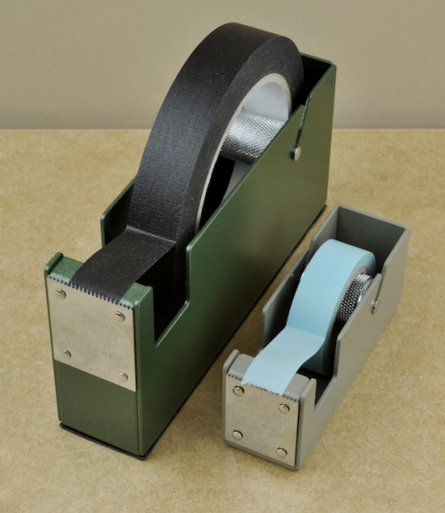 Enamelled steel tape dispensers
