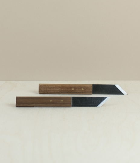 Classic English joiners marking knives, with a single bevel to be used flat side against the guide for a more accurate line than is possible with a pe...