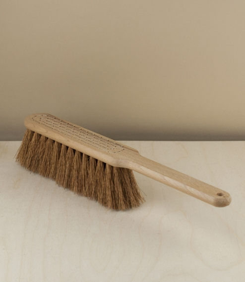 A well finished oil treated beech stocked coconut fibre bristled hand-bound hand broom. Moderately soft for a vegetable fibre brush, and with a lovely..