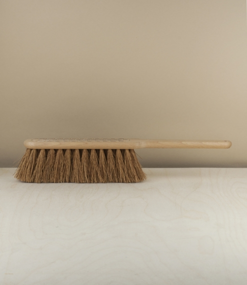 Hand broom no.2 - coconut and beech