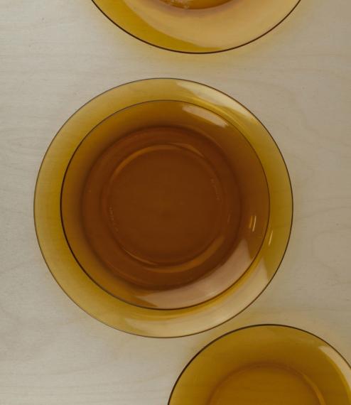 Duralex amber plates