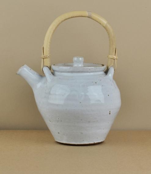 Leach Standard Ware teapot white