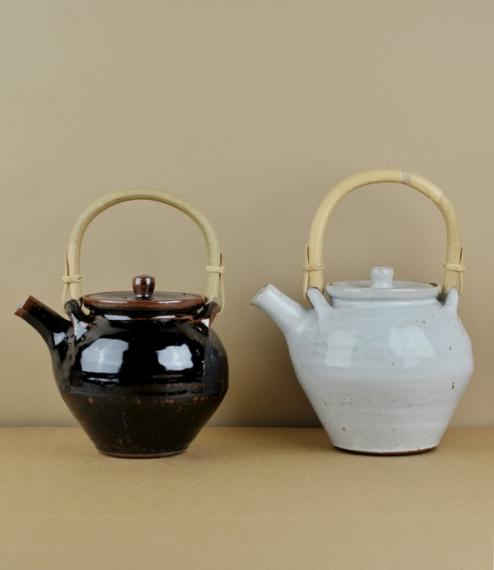 Leach Standard Ware teapot