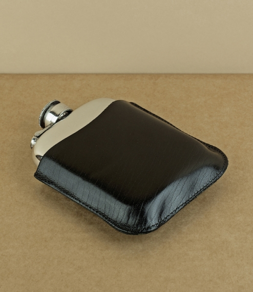 Black leather cover for 6oz flask