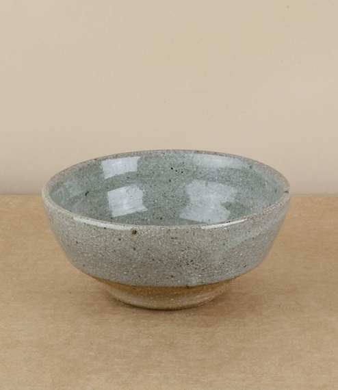 A small tea or breakfast bowl fired in a 'blue grey' glaze. After training in Cardiff and Gothenburg, Sweden, Welbourne set up studio in Cardiff, wher..