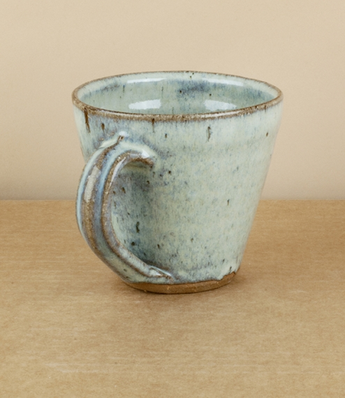 A generously proportioned flared mug in a blue-grey nuka glaze. After training in Cardiff and Gothenburg, Sweden, Welbourne set up studio in Cardiff, ..