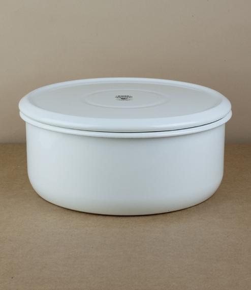 White storage tin