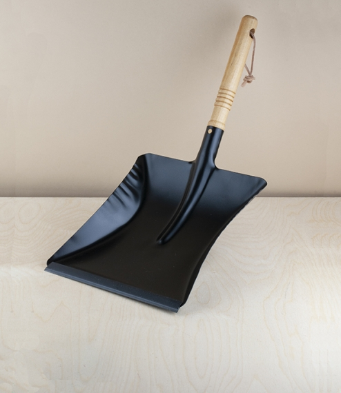 Flat black dustpan dustpan no.11