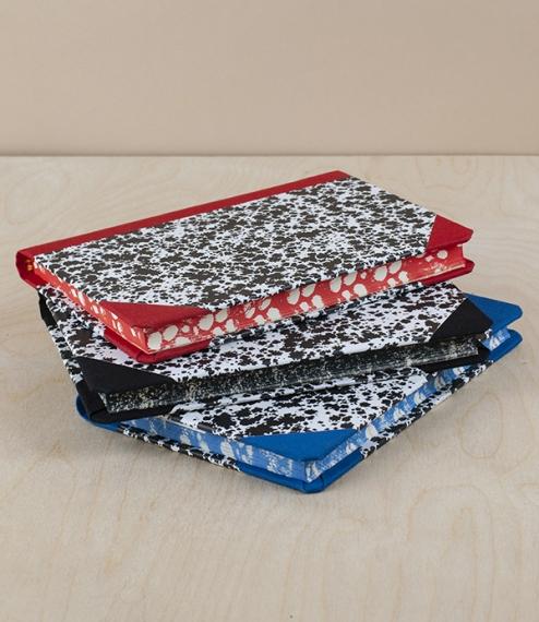 Portuguese notebook, A6, plain, red