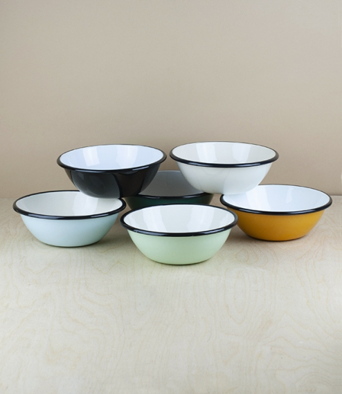 A choice of various coloured 15cm diameter black rimmed vitreous ceramic enamel serving, prep, or cooking bowls. Firing in a traditional kiln results ..