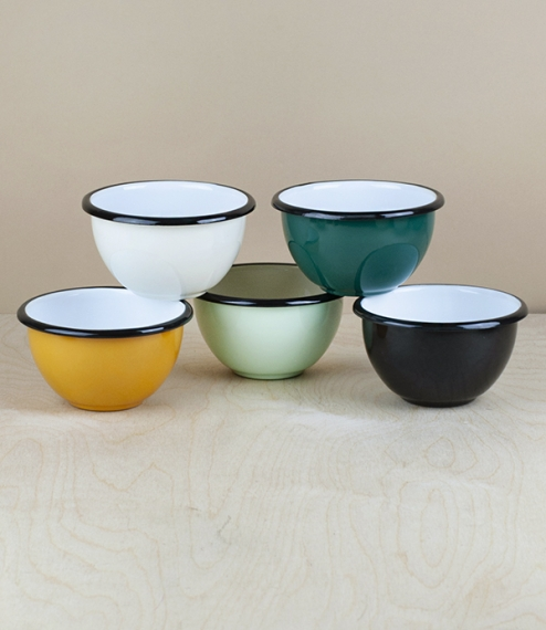 A choice of various coloured 10cm diameter black rimmed vitreous ceramic enamel serving, prep, or cooking bowls. Firing in a traditional kiln results ..