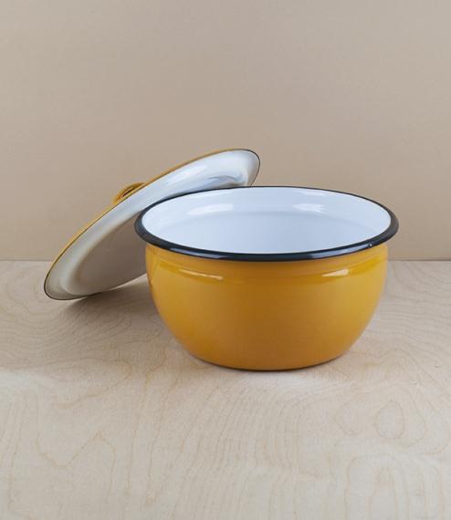Ukrainian enamel cooking and storage pots