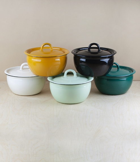 Approximately 18cm diameter (across the lid) 1.5 litre lidded vitreous enamel cooking and storage pots from Ukraine. Firing in a traditional kiln resu..