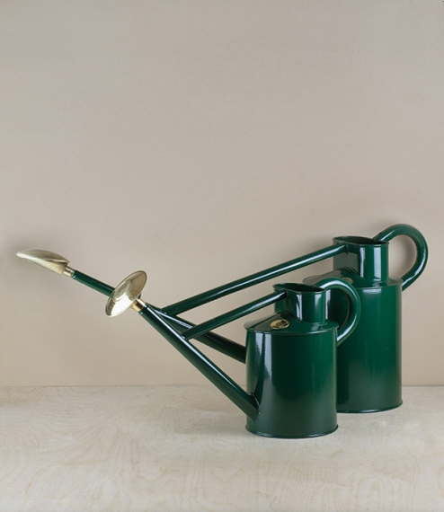 Haws professional long reach watering can 8.8l