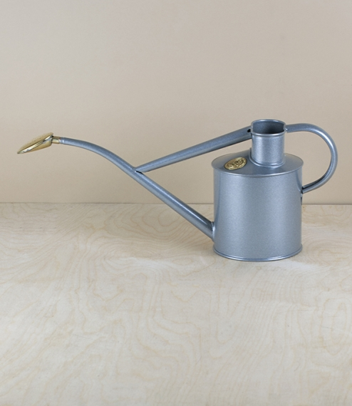 Silver lacquered indoor watering can, 1 litre