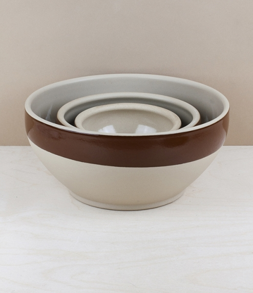 Traditional Breton food preparation bowls with a clear 'Naturel' glaze to the inside and classic 'Brun' band to the otherwise unglazed outer. In a var..