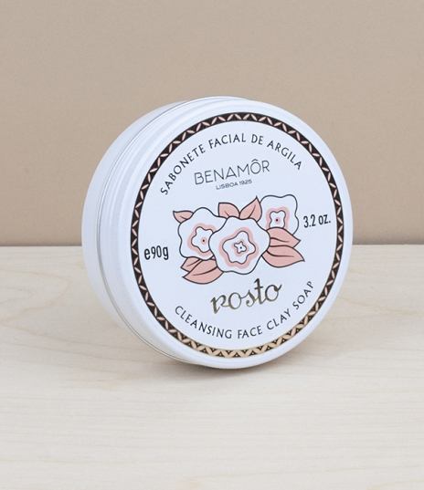 Formulated with pink and white clay and enriched with soothing organic rose concentrate, this face soap will gently cleanse without drying, leaving yo...