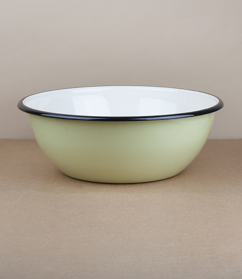 Ukrainian enamel bowls – 28cm diameter