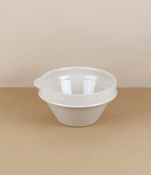 Manufacture de Digoin pouring mixing bowls