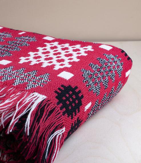 Welsh Red/black/white Caernarfon pattern tapestry blanket, double