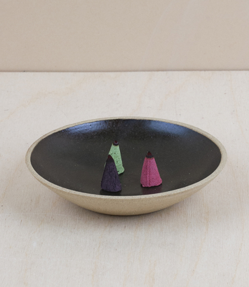 Stoneware incense dishes