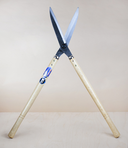 Yasuki Steel hand-forged hedge shears