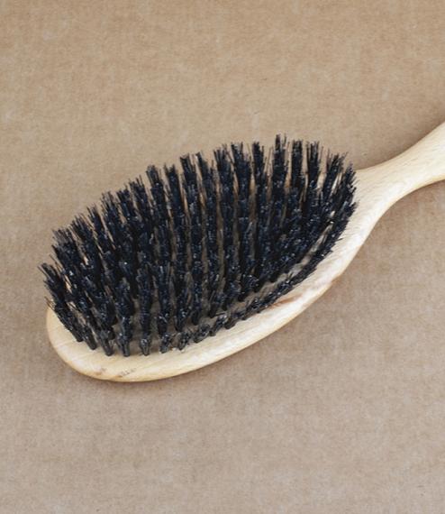 Hairbrush black bristle