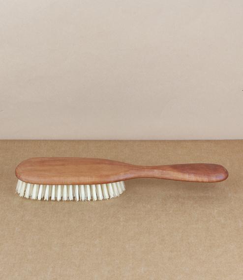 Hairbrush light bristle