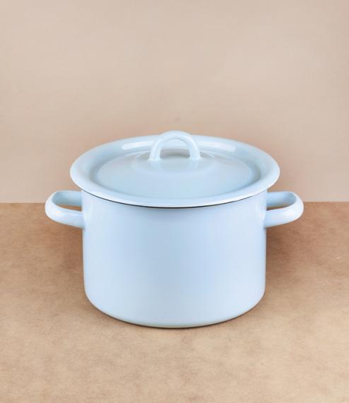 Ukrainian enamel casseroles